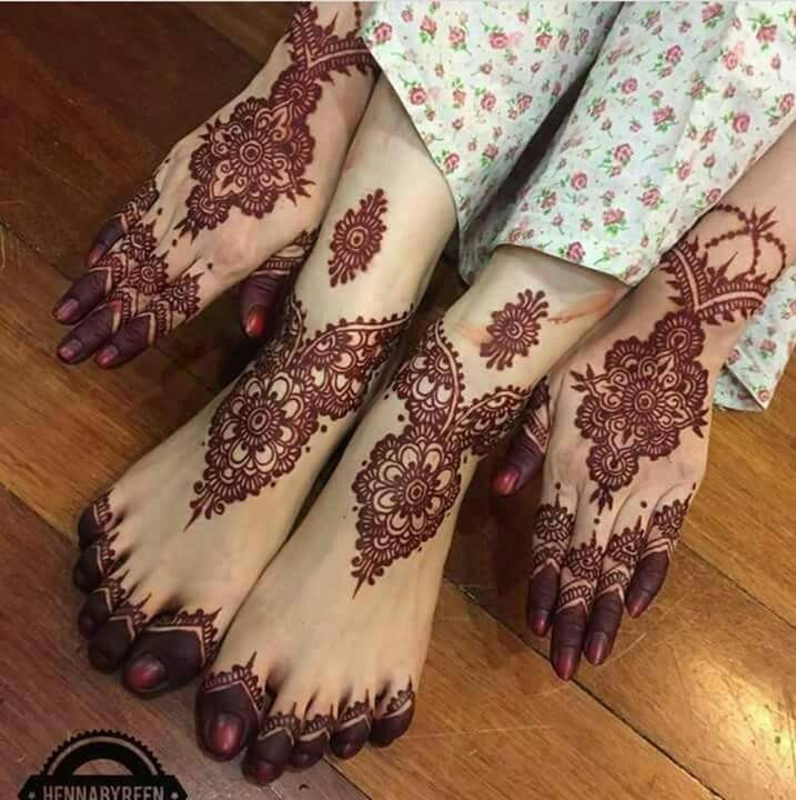 Mehndi design for hand and feet
