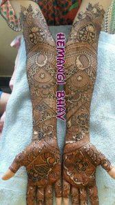 10. Paisley and board flowers Bridal Mehndi