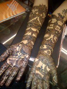 38.Bangle model Bridal Black Mehndi