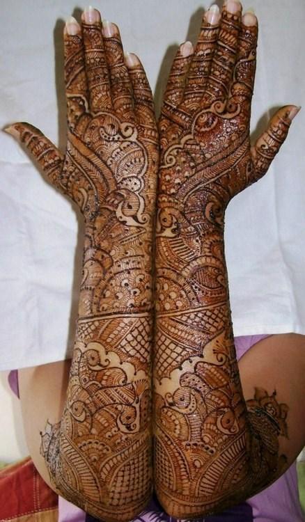 New Bridal Mehndi Designs 2017 For Full Hands: 50 Bridal Mehndi designs for full hands and legs - Wedandbeyondrh:wedandbeyond.com,Design