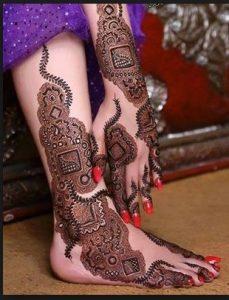 43. Modern Bridal Mehndi Design