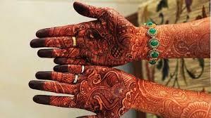48. Fingers filled Bridal Mehndi Design