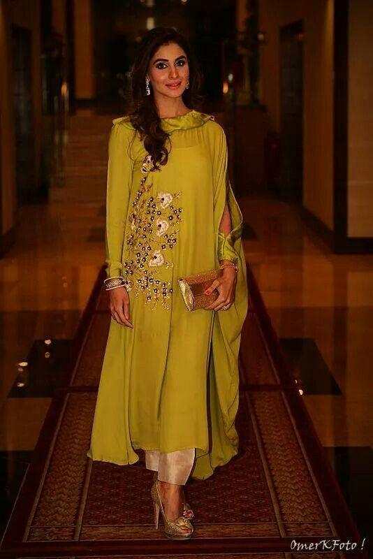 10.Designer Green Chudi Top