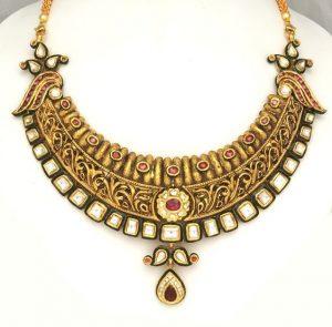3.Square Kundan with Green Enamel Jewelry