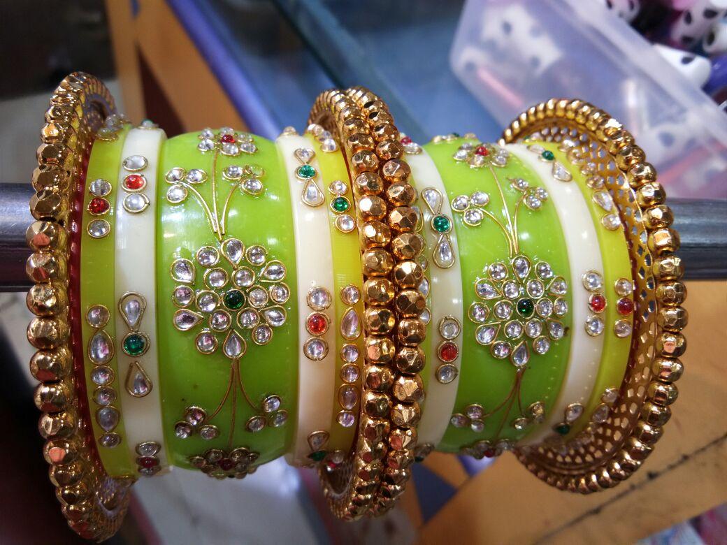 8.Kundan Bangle Green