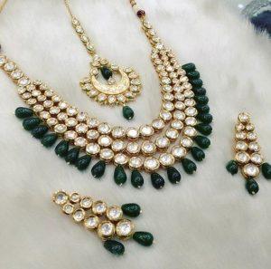 Forest Green Kundan Necklace Set