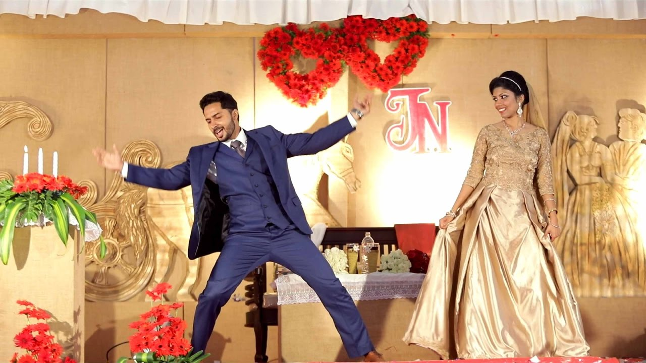 25 Perfect Entrance Songs For Bride And Groom: 25 Best Tamil Bride Entry Songs To Have For Wedding