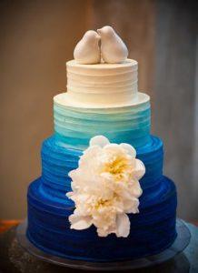 27.Blue Roses Wedding Cake