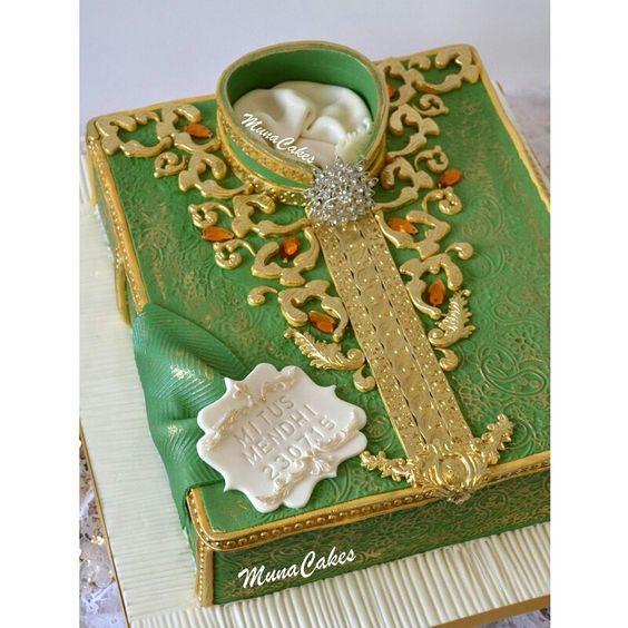 3.Groom Mehndi Cake