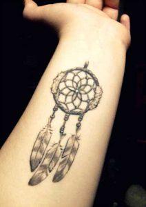 51.Dream catcher Tattoo