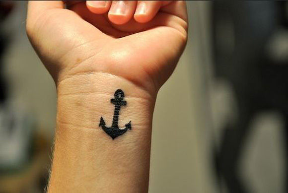 61.Anchor Tattoo