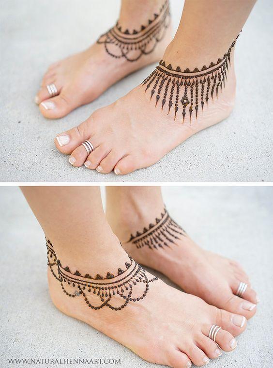 15.Anklet Leg Henna design