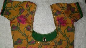 4.Simple Green patch work blouse