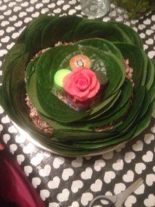 22.Rose like betel leave plate decoration