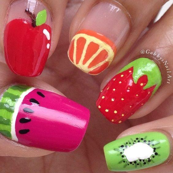 4.Mixed fruit simple nail art