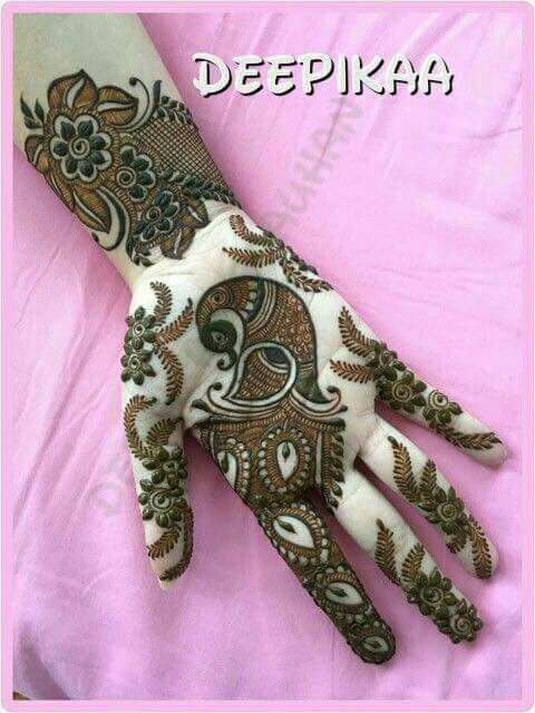 28.Trendy Mehndi Design with Peacock