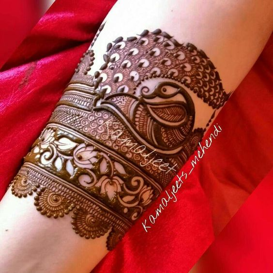 42.Wrist Peacock Mehndi with Lotus