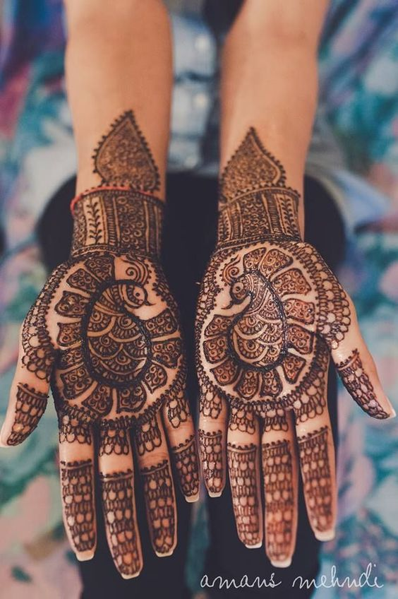 5.Easy Peacock Mehndi Design