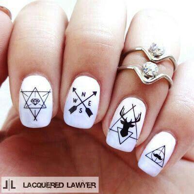 21.Directions nail art