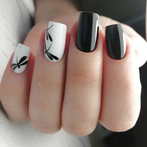 33.Butterfly Black and white nail art