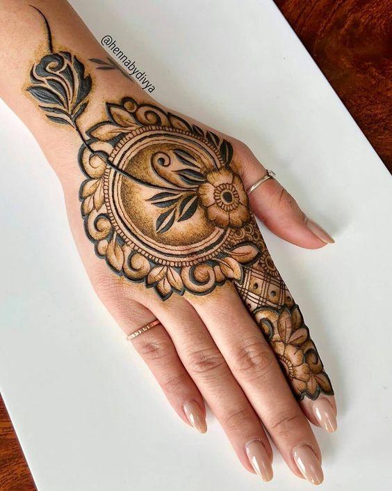 34.Rose Mehndi design #34