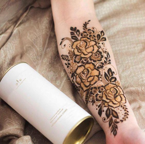 35.Rose Mehndi design #35