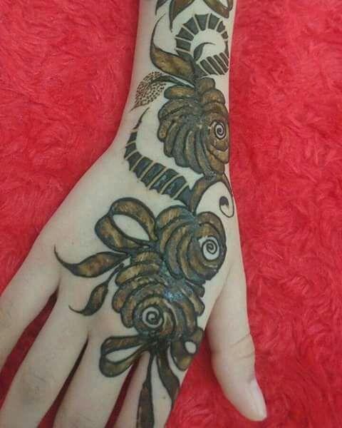 39.Rose Mehndi design #39