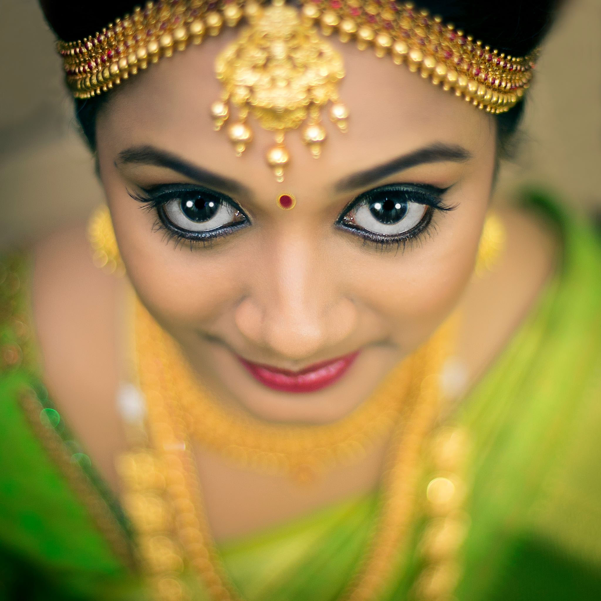 Indian Bridal Makeup Bridal Eye Makeup Photo Gallery Wedandbeyond Com