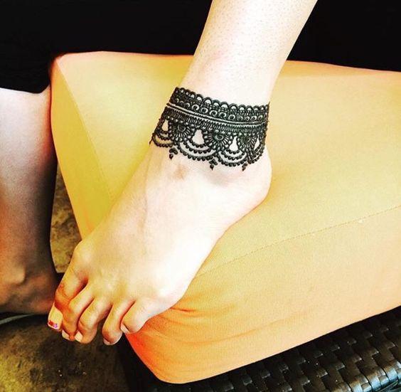 Anklet design feet mehndi