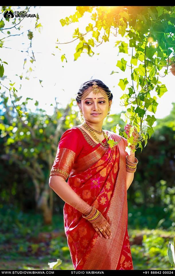 Pretty Red Silk saree