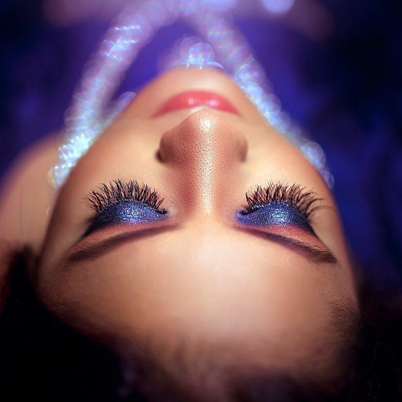 Dazzling Blue Eye Makeup