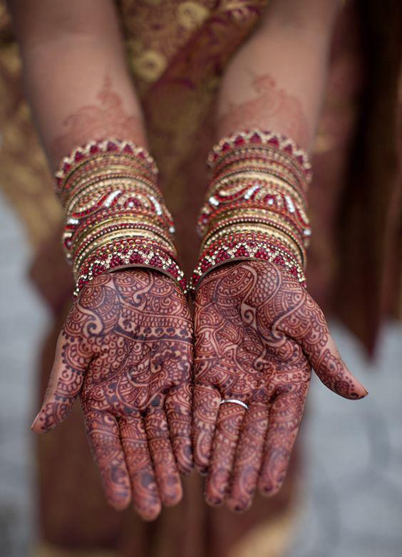 Bridal Mehndi Photo Gallery : Mango with heart bridal mehndi photo gallery