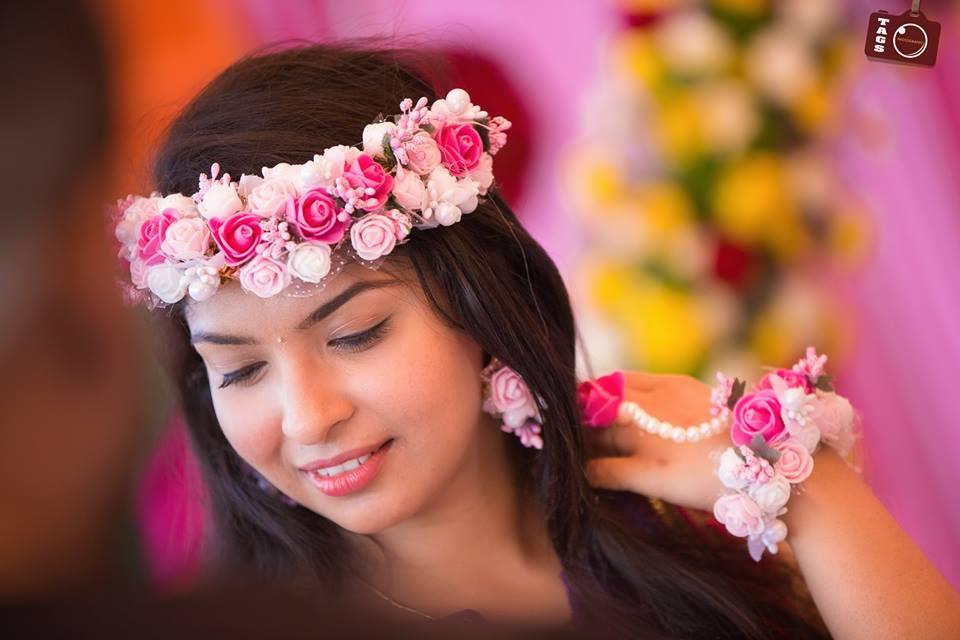 Pink Roses bridal garland
