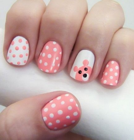 Simple and cute Teddy nail art