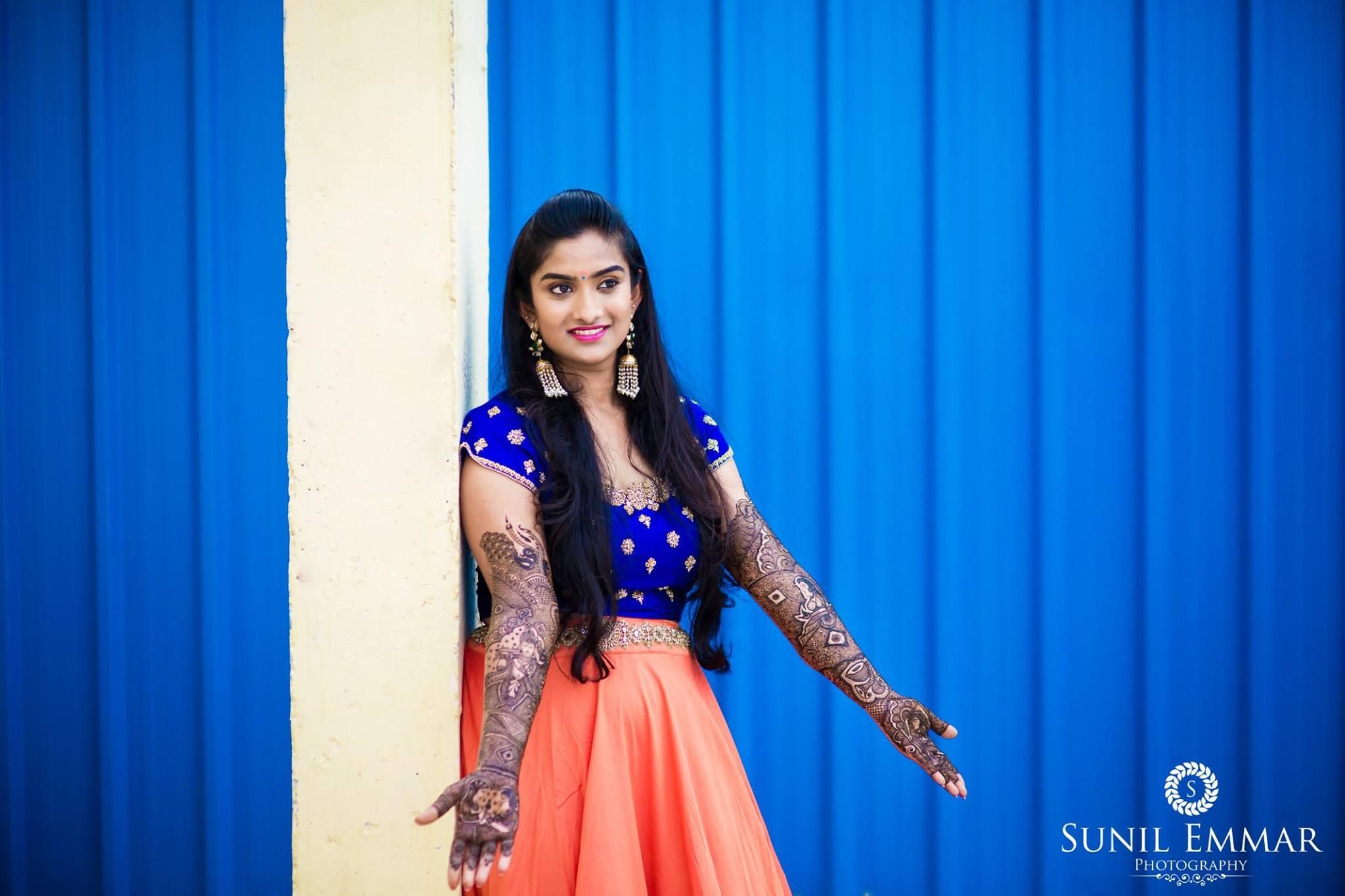 Bride's Mehndi Prepartion