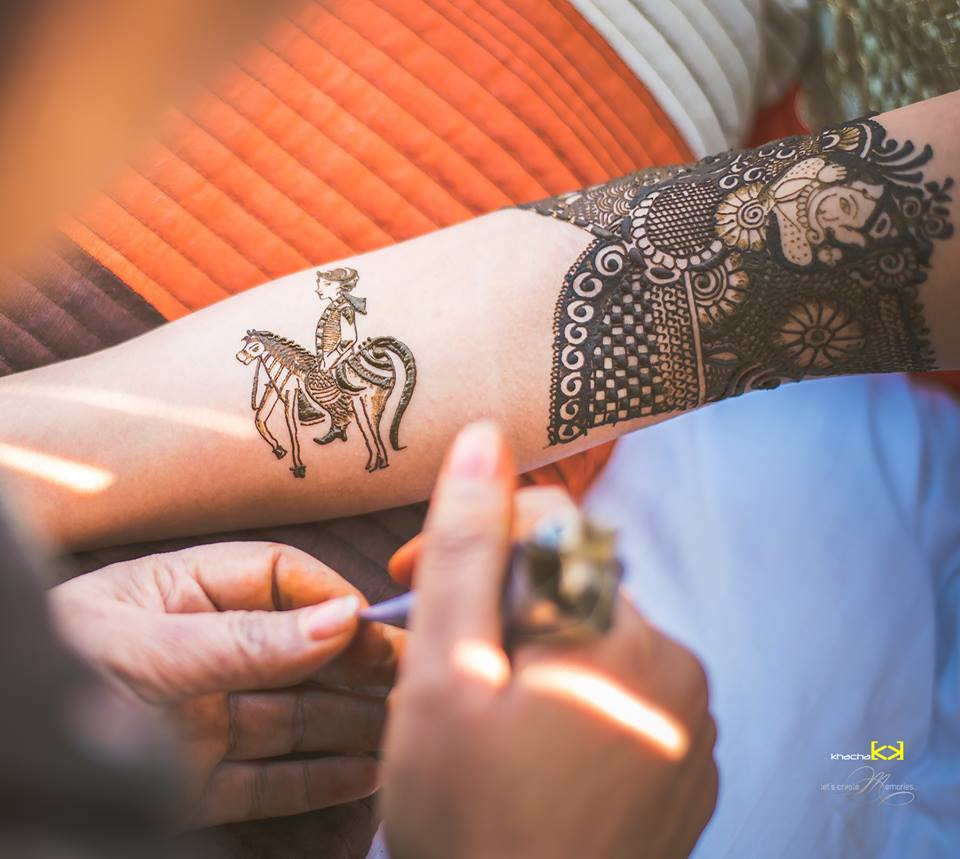Beautiful Bridal full hand Mehndi