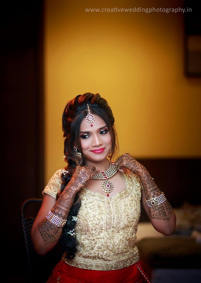 Dazzling Bridal Kundan Jewelry