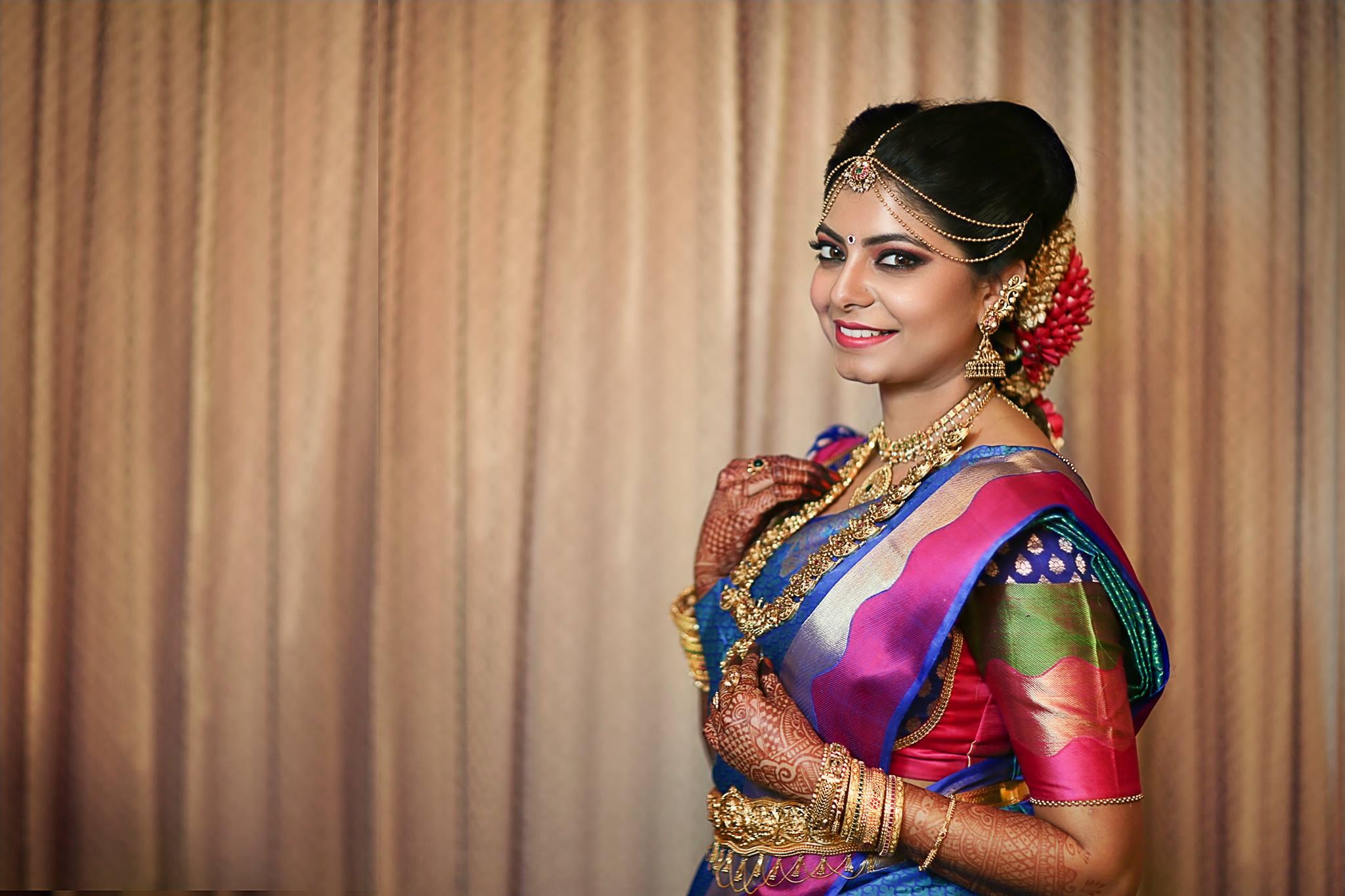 Bronzer Bridal Makeup for Cute Bride