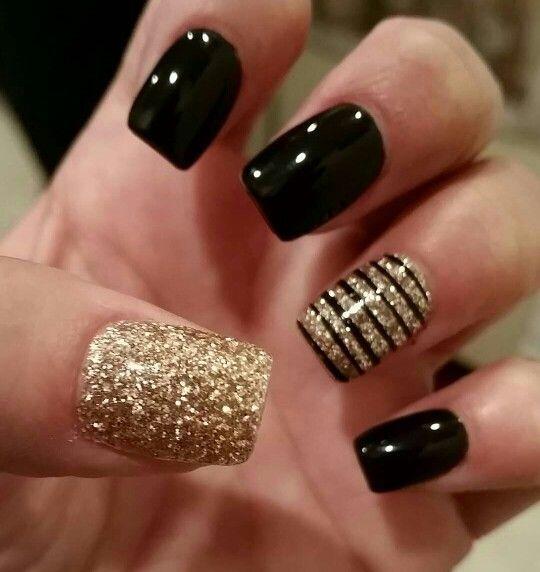 Black Glittering Nail Art