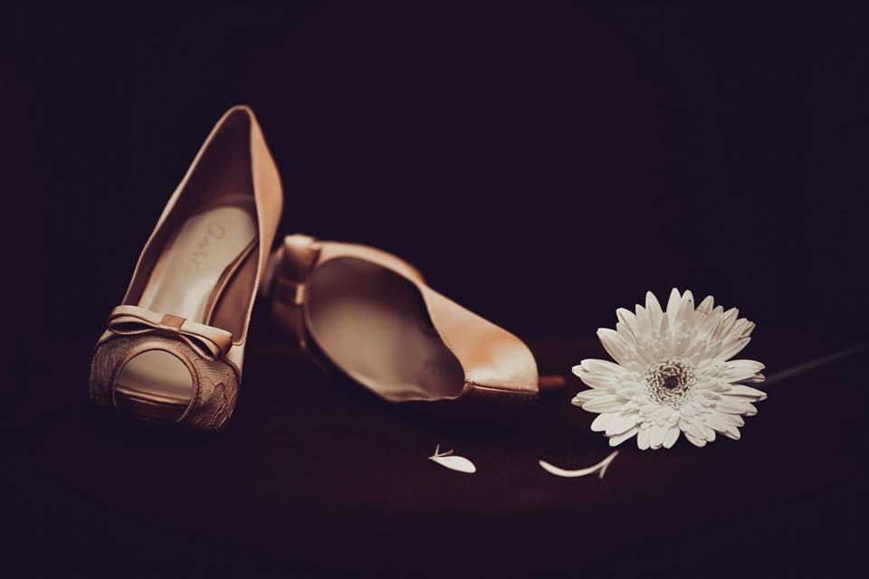 Golden Bow Heel