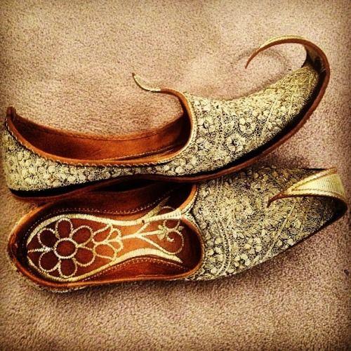 Brown Groom Shoe