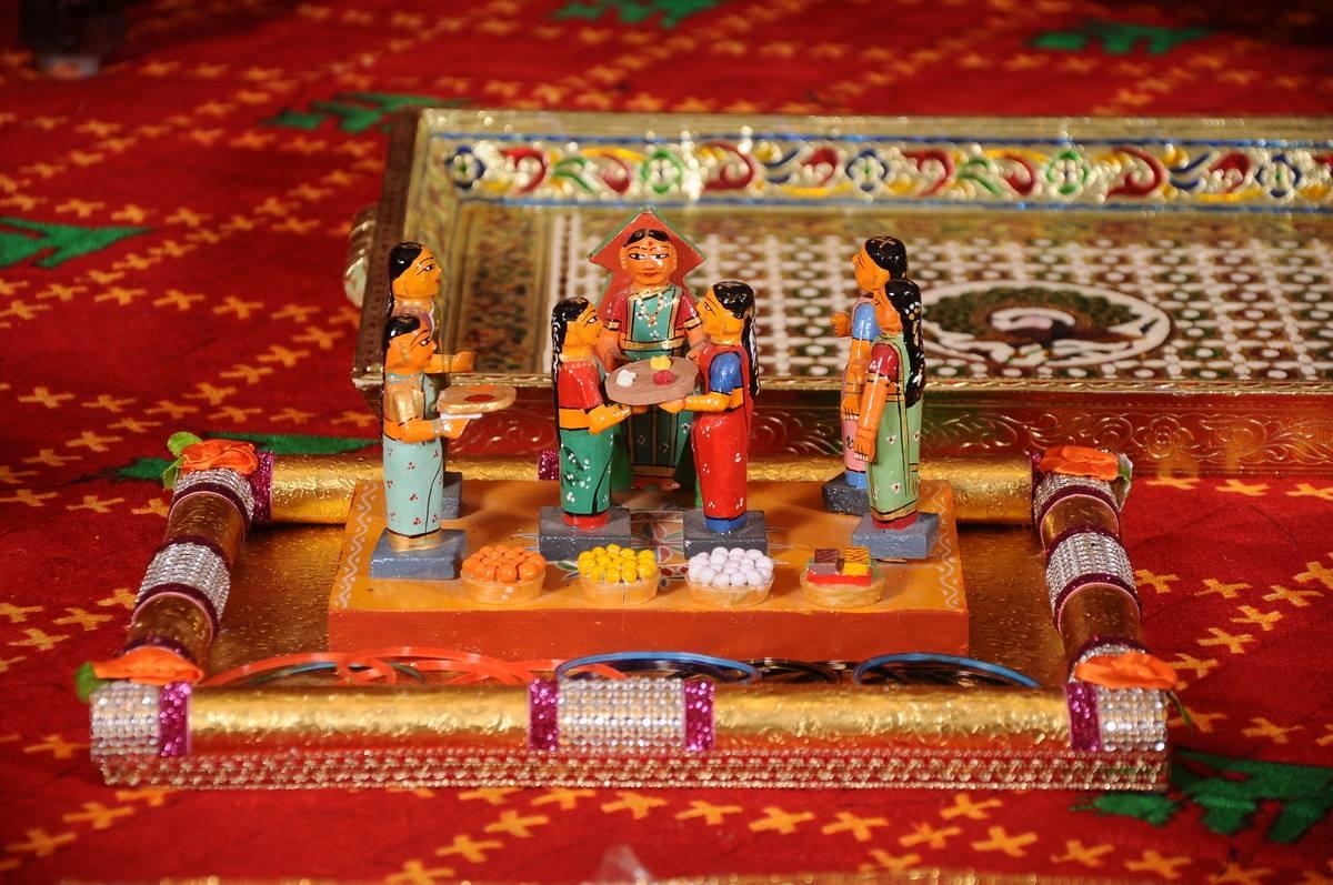 Ladies giving Thambulam fancy plate