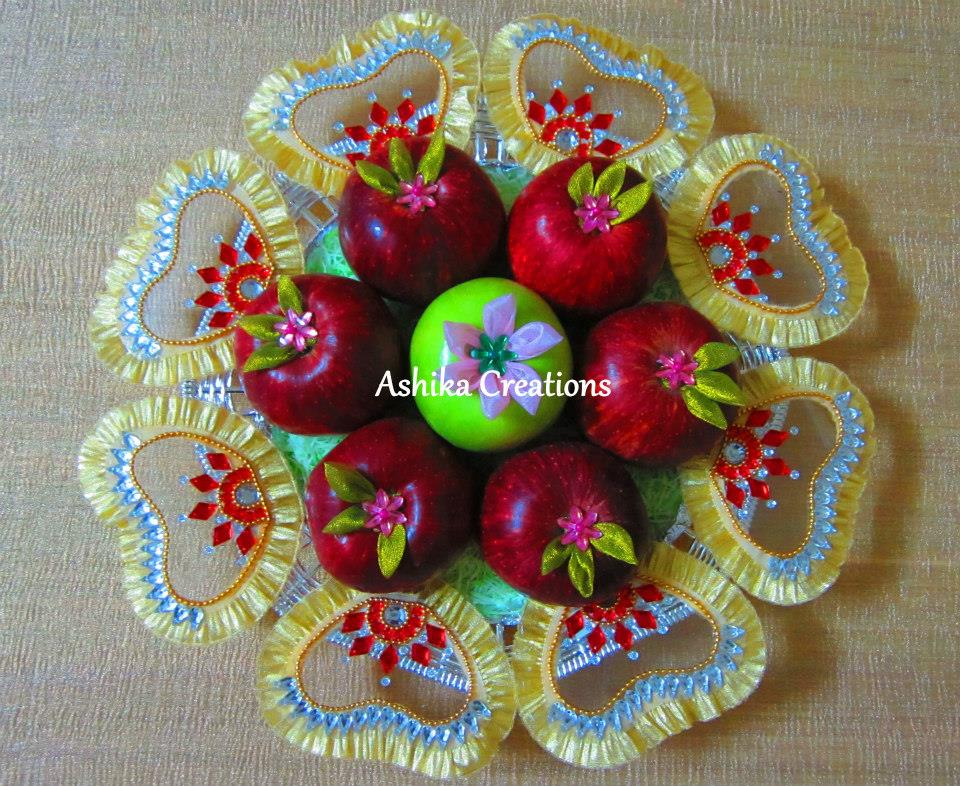 Red and green apple fruit decoration photo gallery for Apple fruit decoration