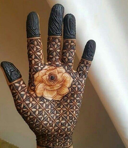 Pretty Rose flower mehndi