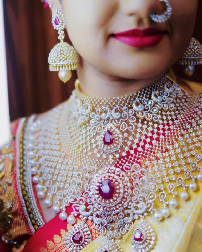 Superb Neck Jewelry