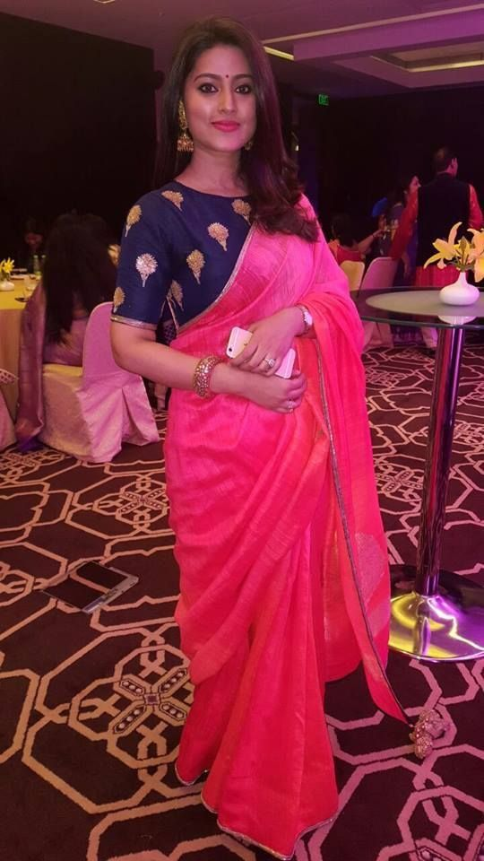 Plain Pink Saree With Royal Blue Blouse Photo Gallery